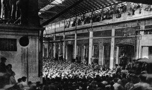Asamblea obrera en una fábrica ocupada (Turín, 1920)